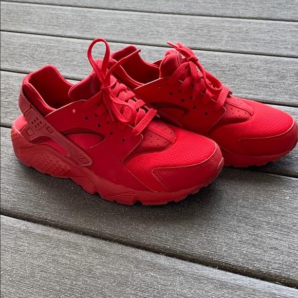 Nike Shoes | All Red Nike Huarache